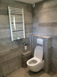nieuwe badkamer en nieuw toilet voorschoten installatiebedrijf