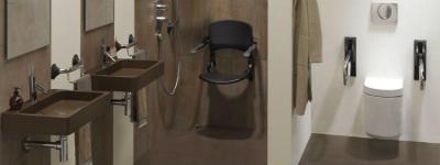 huis aanpassen invaliden voorschoten ouderen badkamer met douchezitje